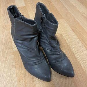 Aldo Viera Gray Heels